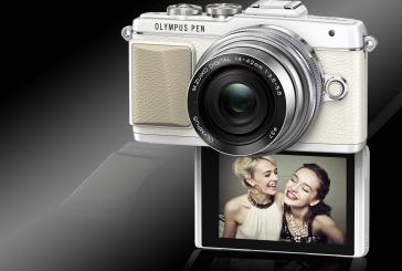 De PEN E-PL7 van Olympus: camera voor selfies