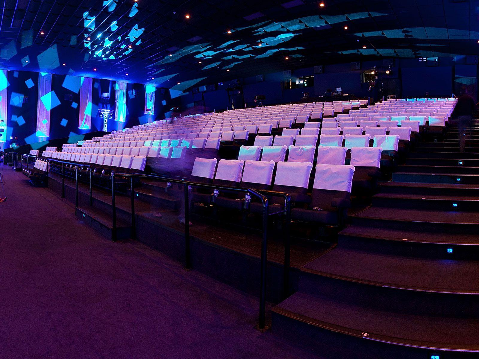 Nieuw tijdperk voor de bioscoop met laserprojectie en 3d for Sala 25 kinepolis madrid