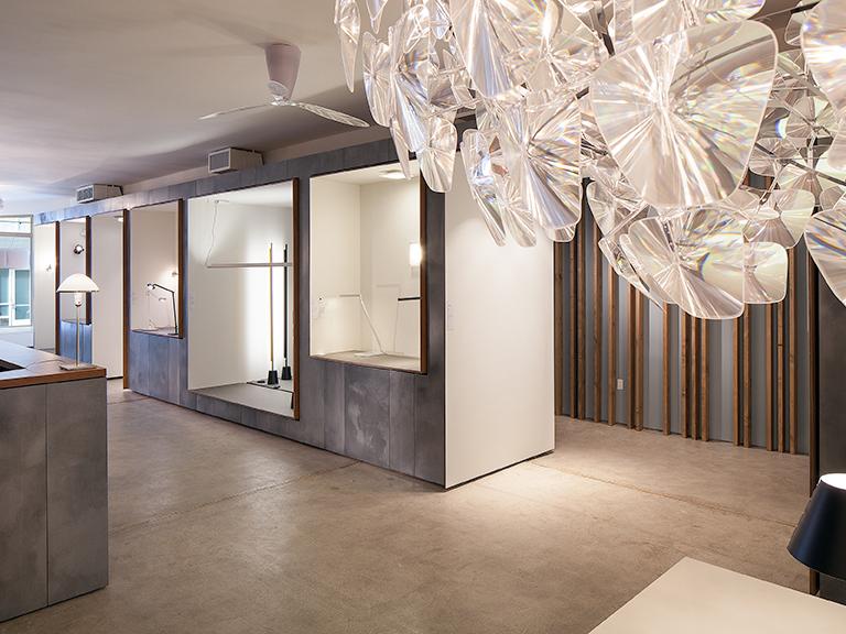 Modular_Lighting_Instruments_Showroom_NY_039w