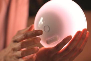 Philips hue gaat mobiel met draagbare Go-armatuur