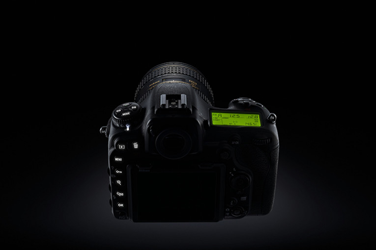Nikon D500: d'excellentes prestations dans un format compact