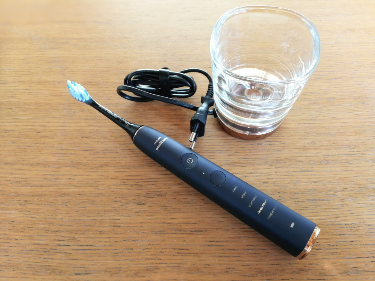 Review  Philips DiamondClean Smart 9700 elektrische tandenborstel 8f368293489ee