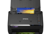 Epson FastFoto-scanner scant tot 30 foto's in 30 seconden