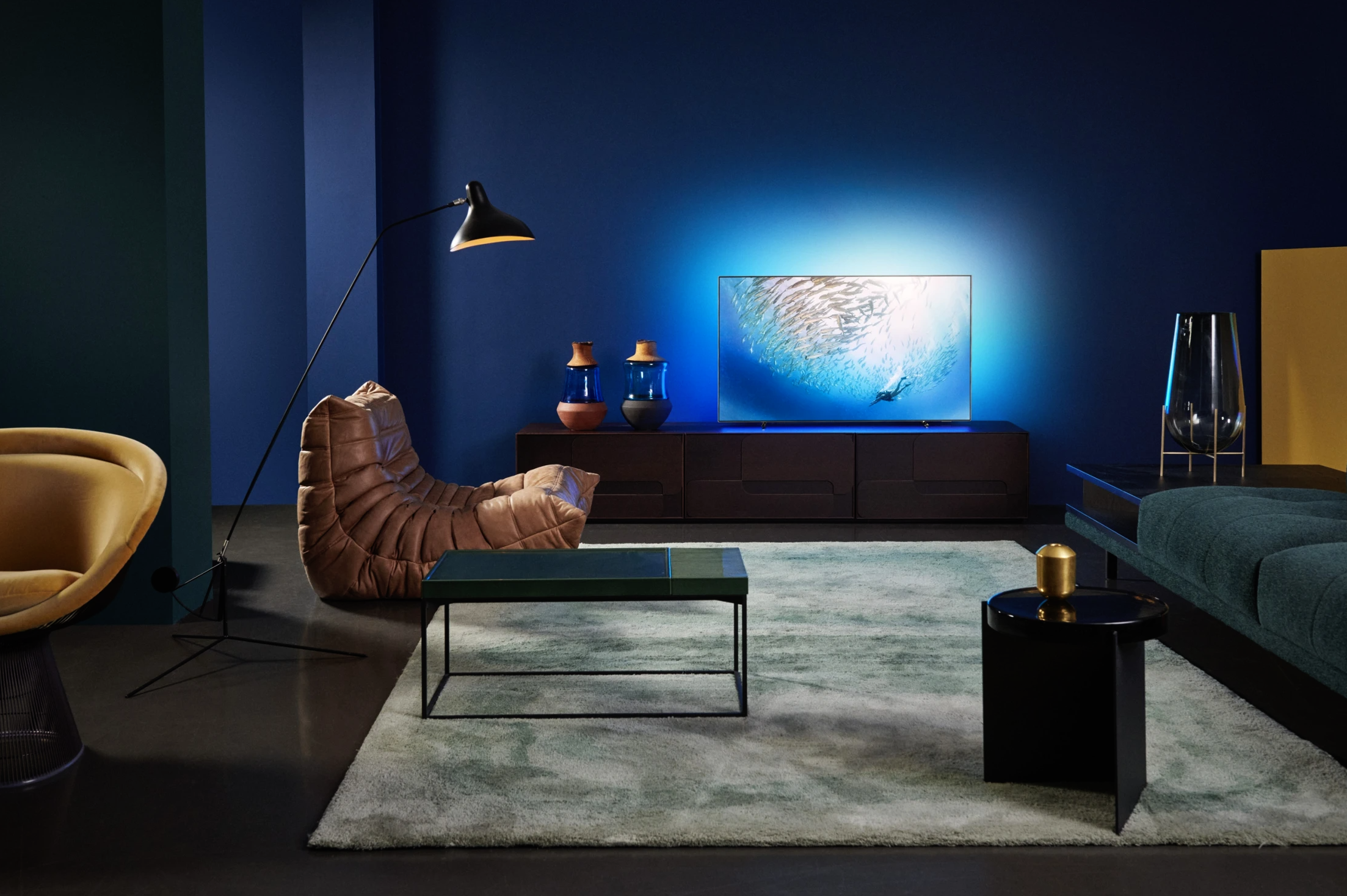 Nieuwe premium oled tv's OLED805 en OLED855 van Philips vanaf juli in winkels